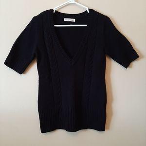 ❤ 5/$25 Old Navy Short Sleeve V Neck Sweater